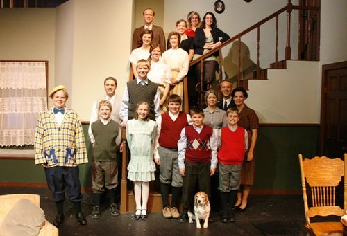 USPs Cheaper by the Dozen Cast Photo LR 120308