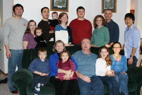 Hall family xmas 122408 LR