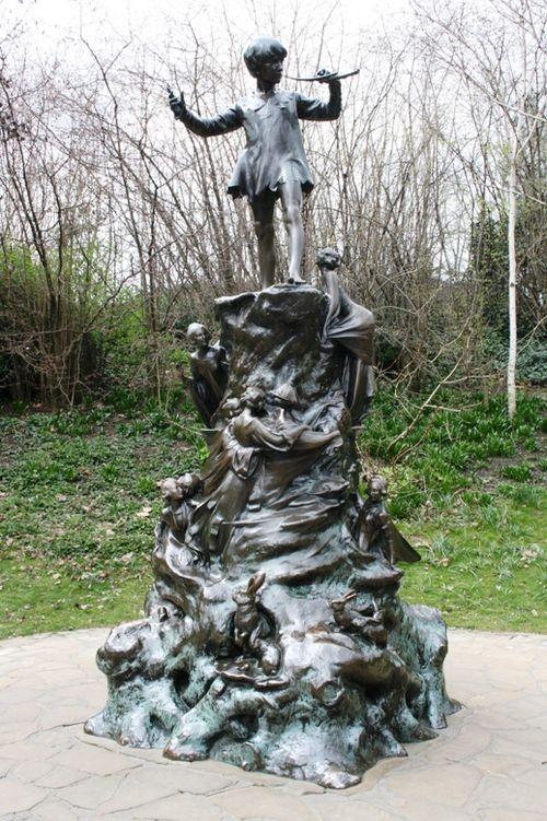 Pan statue 01 032309 LR